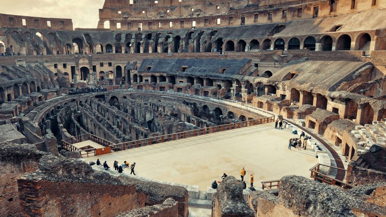 colosseum arena tour